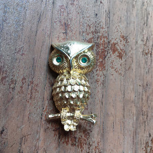 Vintage Gold Owl Brooch Green Rhinestone Eyes